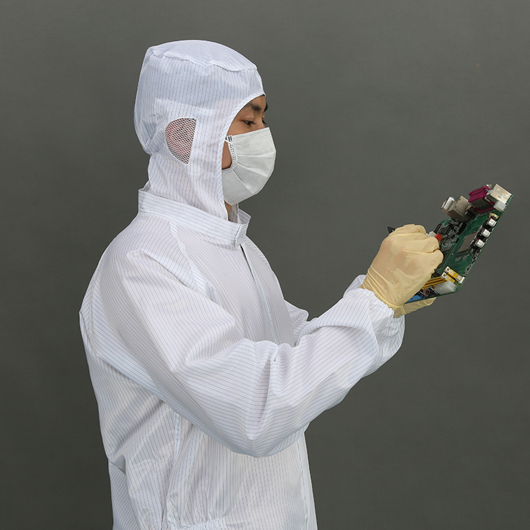High Quality Protective Anti-Static Autoclavable Cleanroom Suit